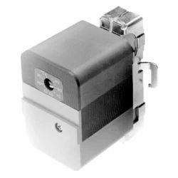 Honeywell Aquastat Control L6190