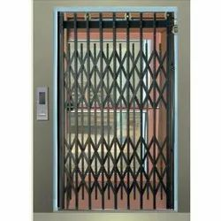 Stainless Steel Manual Collapsible Door Lifts, Capacity: 100-500 Kg