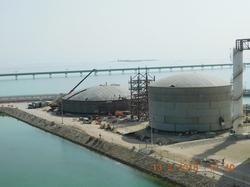 Erection Of Storage Tanks Using Hydraulic Jacking System