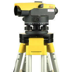 Leica NA 324 Surveying Instruments