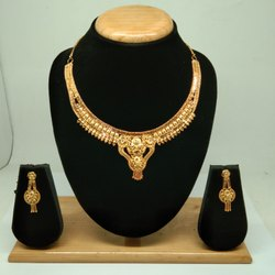 Golden Traditional Indian Style Gold Forming Necklace Set