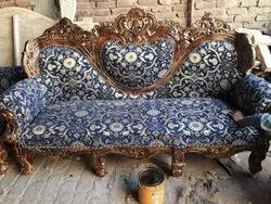 Wooden Modern Dil Wala Sofa, Hall, Size: 3+1+1 Seater