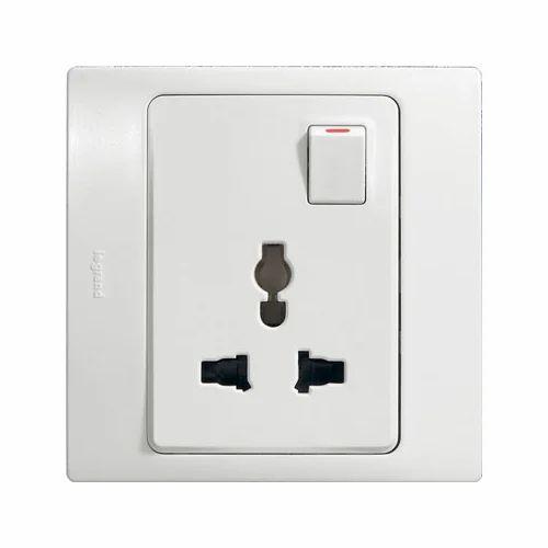 White Legrand 13 Amp Electrical Socket, 240 V