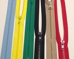 No.3 Plastic Zipper