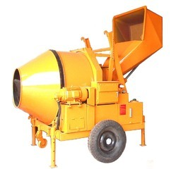 Semi-Automatic Reversible Concrete Mixer with Hopper, Power: 5 to 15 hp