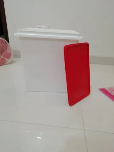 10kg Red And White  Rice Keeper