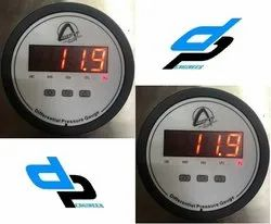 Aerosense Digital Differential Pressure Gauge Model CDPG-HL-LED Range 0-12