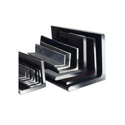 L形温和的钢角度