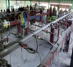 CO2  Cylinder Test Bench