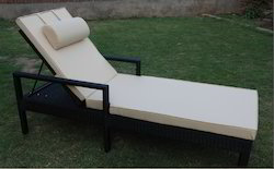 Outdoor Poolside Sun Loungers with Aluminum Frame
