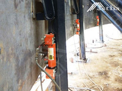 Jacking System For Tank Lifting