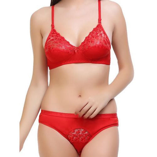 Red Ladies Lingerie Set e2d7b62e1