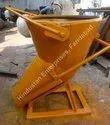 Hindustan Enterprises Column Filling Tower Crane Banana Concrete Bucket with Detachable Chute