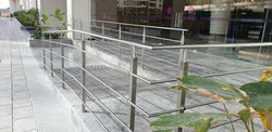 Silver SS Office Railing, Mounting Type: Floor