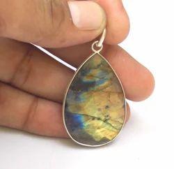 Labradorite Jewelry Pendant