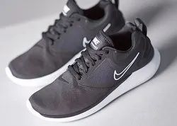 Nike Running Sports Shoes, Size: 7, Rs