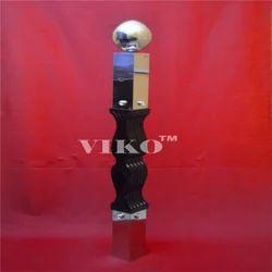Designer Stainless Steel Railing Pillar
