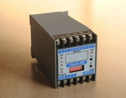 Falcon 100 Analog To Serial Converters
