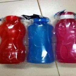 Flip Top Cap Colored Plastic Water Bottle, 500 ml-1 L