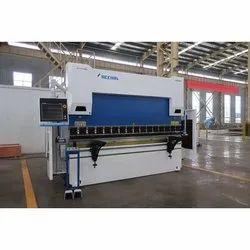 Accurl CNC Synchronized Hydraulic Press Brake, Capacity: 63 Ton To 2000 Ton