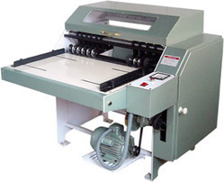 Sticker Half Cutting Machine