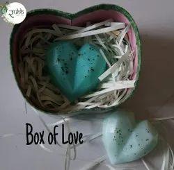 Blue Festival Handmade Organic Soaps Gift Hamper, For Skin
