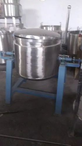 500 Ltr Capacity Tomato Sauce Making Tilting Vessel With Lid