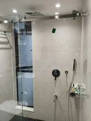 Bathroom Showers glass with hardware and istolesan