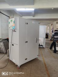 Dryers Machinr 24 trays ,50 kg/batch