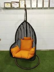 Brown Metal Hanging Swing Chair, Seating Capacity: 1 Seater