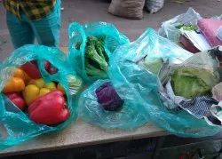 A Grade Green Broccoli Lettuce Red/yellow Capcicum, Packaging Type: Plastic Bag, Packaging Size: 5 Kg