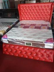 Red cushion Cot