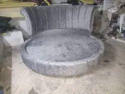 Round Design Cot