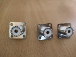 AGARTEL UHF F Penal Mount 4 Hole, 6000mhz, Contact Material: Brass