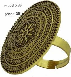 Party Wear Golden,Silver Trendy Big Ring, Size: Adjustable