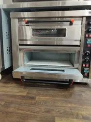 Mild Steel Large Gas Baking Oven 2 Deck 4 Tray, For Bakery