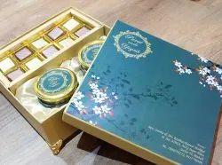 Multicolor Cardboard Wedding Card Box, 1 Leaflet