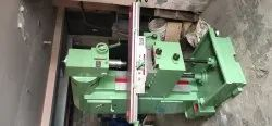 Conventional Vertical Milling Machine