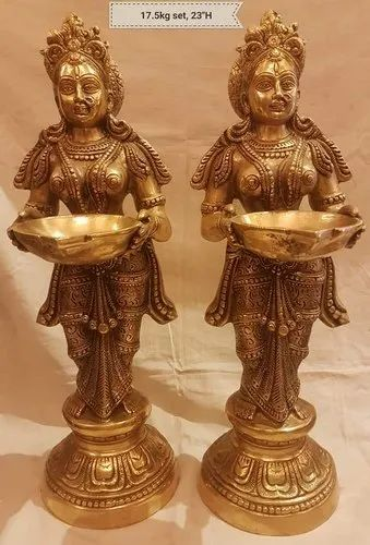 Golden 23 Inch Brass Standing Welcome Lady Statue, For Decoration