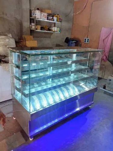 SS STRAIGHT GLASS DISPLAY COUNTER