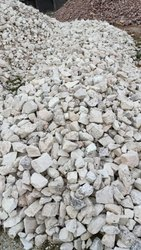 Quartz Powdered, Crystal Feldspar Lump Mineral, Packaging Size: 50 Kgs, Packaging Type: Drum, Barrel, Box