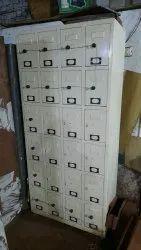 Off White Metal Worker lockers