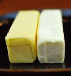 Flavor: Unsalted White/Yellow Butter, Milk Fat: 82, Packaging Type: Box