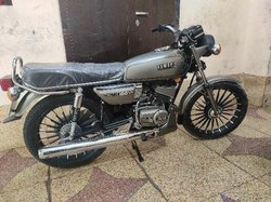 Yamaha RX 100 Modification & Repairing Services