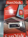 SanDisk 32 GB Cruzer Force USB Flash Drive