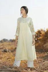 Muslin Silk embroidery kurti