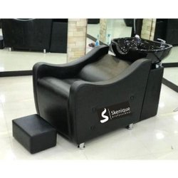 Parlor Shampoo Chair