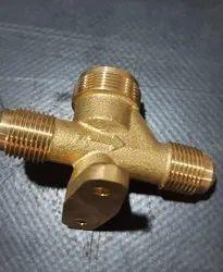 RE Medium Pressure Brass Valve For Split Air Conditioner, Valve Size: 2way 3 Way 4 Way