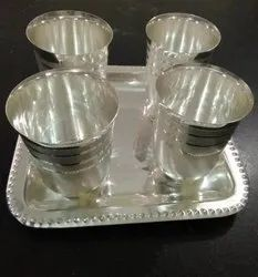 4 Glass With Tray