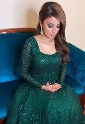 Offline Women Bridal Makeup Service